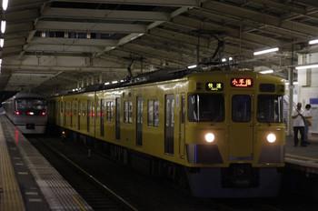 2012年7月30日、秋津、右が2419F+2077Fの3209レ。
