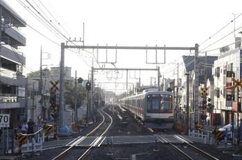 2012年9月3日 6時13分ころ、大泉学園、東急4104Fの下り回送列車。