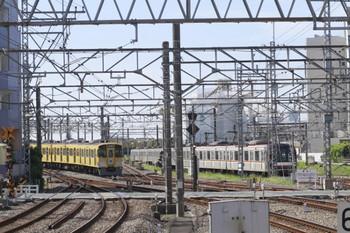 2012年9月10日 9時26分ころ、所沢、3番ホームから発車した9104Fの各停 飯能ゆき。
