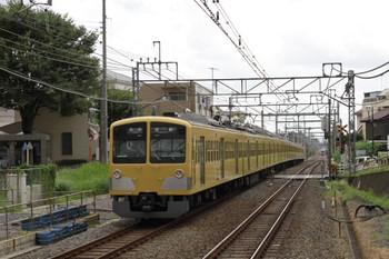 2012年9月17日、秋津、左が5352レの1303F。