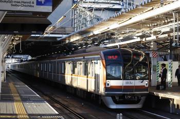 2012年10月1日、所沢、メトロ10032Fの6954レ。