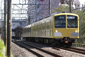 2012年10月21日 11時27分、武蔵関~東伏見、281F+271Fの下り団体臨時列車。