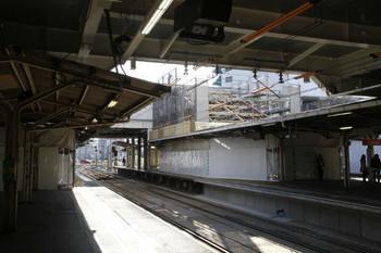 2012年12月29日、所沢、4・5番ホームから2・3番ホームの南側を撮影。