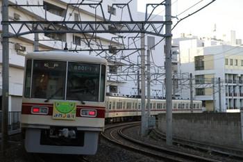 2013年1月1日、津田沼~前原、謹賀新年HM付き8801Fの松戸ゆき(346列車)。