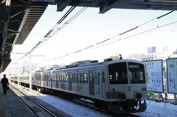 2013年1月19日 12時9分ころ、所沢、6番線から発車した1249F+263F。