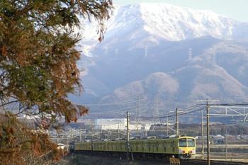 2013年2月5日 7時40分ころ、柏原~近江長岡、1309F+285F+281F+EF200-12の下り貨物列車。