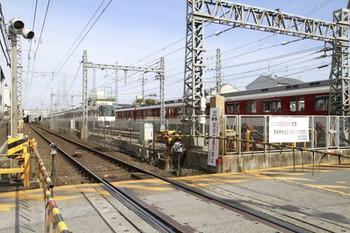2013年2月5日、竹田、引上げ線の手前隅の鉄道用地内に「皇国守護」の碑が立っています。