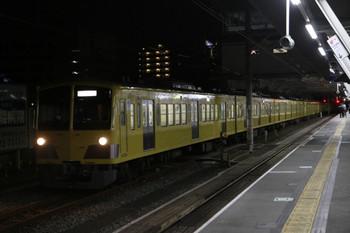 2013年2月4日 0時19分ころ、所沢、小手指車両基地から6番線に到着する263F+281F+285F+1309F。
