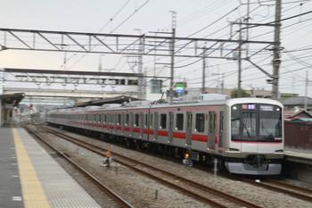 2013年3月24日、仏子、通過する東急 4007Fの1722レ。