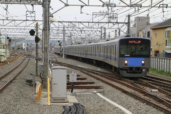 2013年3月30日14時28分頃、保谷、到着する20155Fの上り回送列車。
