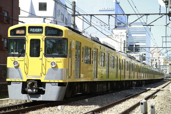 2013年4月13日、高田馬場~下落合、2527F+2521Fの2503レ。