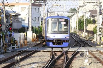 2013年5月24日 17時23分頃、保谷、2番ホームから発車したY506Fの上り回送列車。