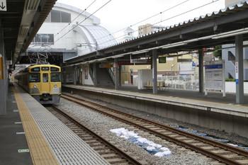 2013年6月6日、東長崎、飯能方から池袋方を向いて撮影。通過しているのは2455F+2097Fの3112レ。