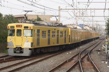 2013年7月29日、ひばりヶ丘、発車した2417F+2089Fの4316レ。