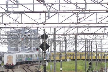 2013年10月6日 10時42分頃、所沢、発車した263F+30101~30105の下り列車。