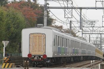 2013年11月10日 11時12分頃、所沢~西所沢、263Fに牽引された30102~30502の下り回送列車。