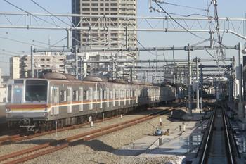 2013年12月21日 14時8分頃、石神井公園、6番線に入った16K運用のメトロ7115F。