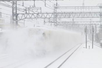 2014年2月8日 10時14分、小手指、2番ホームから発車した9101Fの準急 池袋ゆき。