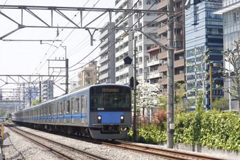2014年4月24日、高田馬場~下落合、20154Fの5128レ。
