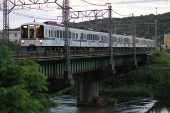 2014年5月17日 18時21分頃、仏子~元加治、4005F+4009Fの下り回送列車。