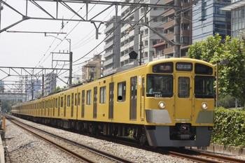 2014年7月22日、高田馬場~下落合、2047F+2541Fの2332レ。