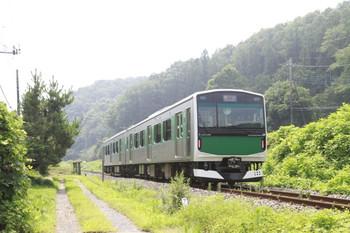 2014年7月27日、大金~小塙、EV-E301系の1329M。