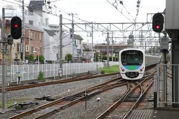 2014年8月23日 13時18分頃、新所沢、上り3番ホームから発車した38102Fの下り回送列車。