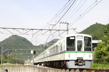 2014年10月20日、武蔵横手、4019F+4011Fの上り回送列車。