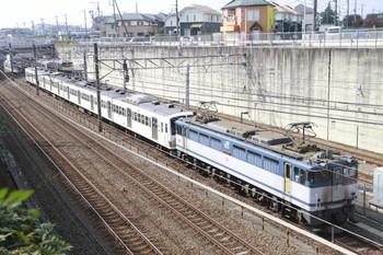 2014年10月26日、新秋津、府中本町方から到着したEF65-2083+西武1245Fの貨物列車。
