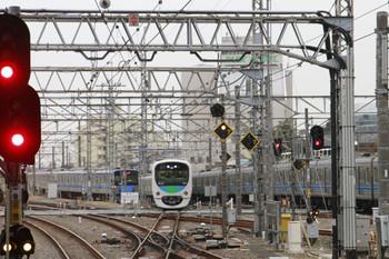 2014年10月31日 16時6分頃、所沢、4番ホームから新宿方へ進む38110Fの臨時列車。