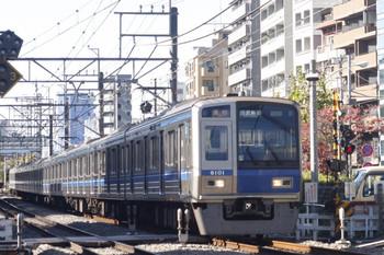 2014年11月19日、高田馬場~下落合、6101Fの2332レ。