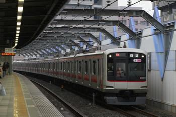 2014年12月20日 15時16分頃、練馬高野台、東急5174Fの上り回送列車(91K運用)。