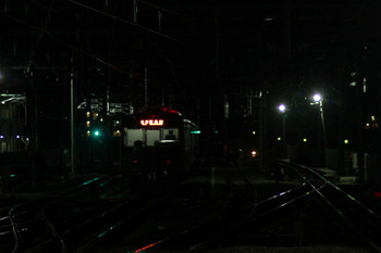2014年12月28日 5時53分頃、石神井公園、6番線で出番を待つ20151F。
