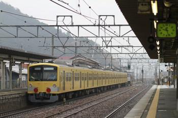 2014年12月16日 9時26分頃、能登川、EF65-2083+西武3007Fの下り貨物列車。