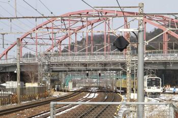 2015年2月10日 13時32分頃、彦根、駅北側のJR側線から220形2両に牽引され近江鉄道線内へ進入待機中の3009F。