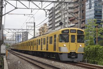 2015年4月30日、高田馬場~下落合、2093Fの5822レ。