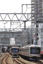2015年5月31日、新丸子、東急4107Fの特急 西武球場前ゆき。
