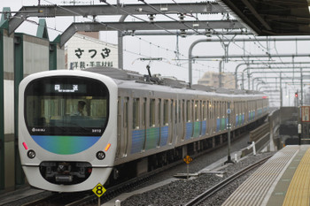 2015年6月6日 6時10分ころ、練馬、38112Fの上り回送列車。
