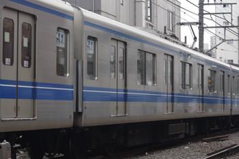 2015年9月24日、高田馬場~下落合、2644レの20105Fのモハ20505。