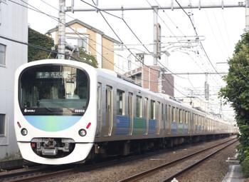 2015年9月28日、池袋~椎名町、38102F+32015Fの西武秩父ゆき4209レ。