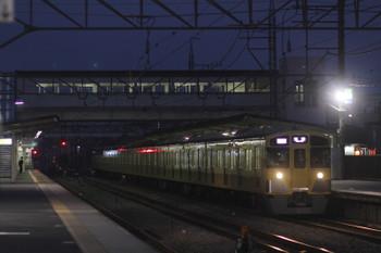 2015年10月10日、仏子、1002レの2073F。