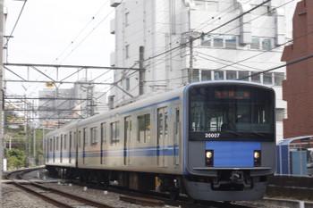 2015年10月21日、高田馬場~下落合、20107Fの2325レ。