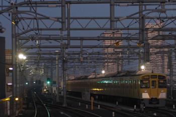 2015年12月1日 6時10分頃、石神井公園、6番線に留置の2533F+2531F。