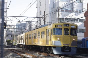 2015年12月18日、高田馬場~下落合、2011F+2505Fの2325レ。