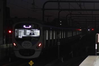 2016年1月3日 6時11分頃、練馬、38116Fの上り回送列車。