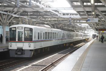 2016年3月27日 7時40分頃、石神井公園、4007F+4017Fの上り回送列車。