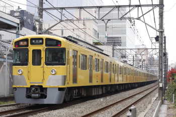 2016年3月30日、高田馬場~下落合、2523F+2051Fの2641レ。