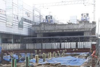 2016年7月11日 16時半過ぎだったと思います、えちぜん鉄道福井駅、ホームの先の電留線に単行車両が2両 留置中。