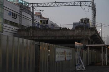 2016年7月11日 19時半頃、えちぜん鉄道福井駅、左側の留置線に1両増えていました。
