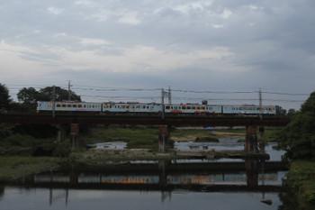 2016年6月26日、仏子~元加治、4009F(52席)の上り列車。